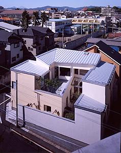 東京都八王子市A邸